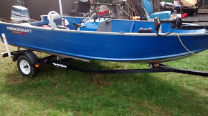 20' Princecraft fishing boat with motor