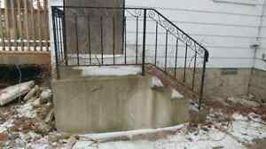 FREE CEMENT PORCH WITH RAIL