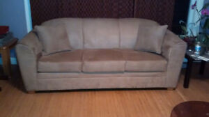 Great looking couch. Like New