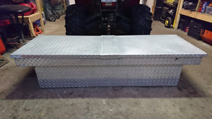 Aluminum checker plate truck tool box