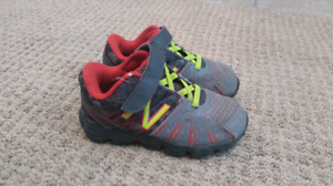 New Balance sneakers toddler size 8