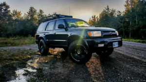 2002 Toyota 4runner Badlands 4x4 and AWD