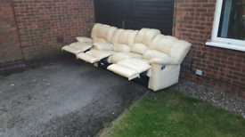 FREE DELIVERY!! 3+1 RECLINER SOFAS