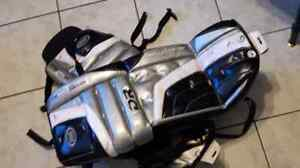 Kids ice hockey goalie pads