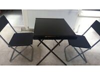 Table & 2 chairs 60x70
