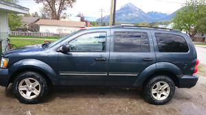 07 Durango trade value $1500-2500 or cash offer runs and drives