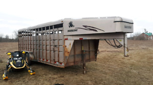 20 ft cattle trailer