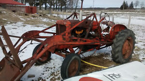 ALLIS CHALMERS WD  WITH LOADER AND BUCKET