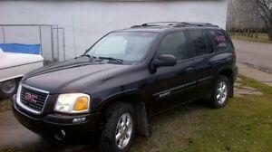 2004 GMC Envoy SLE SUV, Crossover