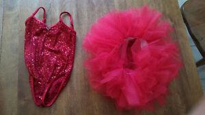 Costume de dance rouge