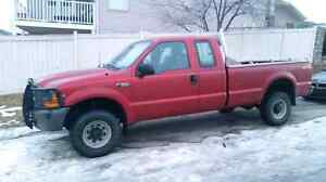 2001 FORD F-350 SUPERDUTY **ONLY 94,000 KMS**