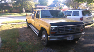 Ford f 350 doubly diesel crew cab standard