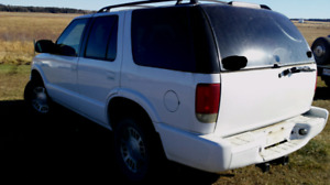 2001  GMC JIMMY 4X4 WITH FRESH SAFETY INSPECTION