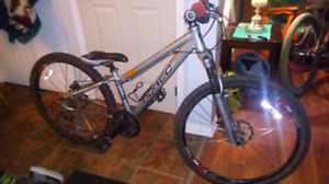 "Norco bike 26"" 24 speed 135$"