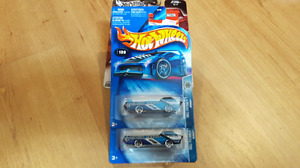 Group 46. Hot Wheels Roll Patrol Deora's. Variation packages.