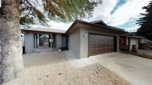*FOR SALE* beautifully renovated Bungalow located on Cul de sac