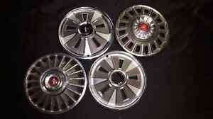 Vintage Ford Mustang hubcaps 14 inch