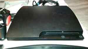 Ps3 slim, 2 controllers, 19 games, 1 ps move controller