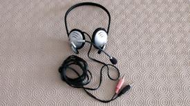 Logitech Headphone with Mic.