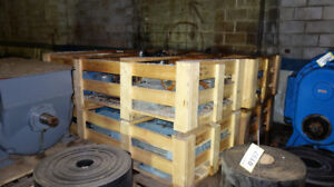 2 CRATES OF ASSORTED AC ELECTRIC MOTORS 5-15HP (APPROX. 20 MOTOR