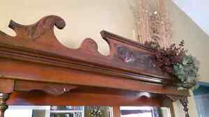ANTIQUE hutch with attached mirror Kawartha Lakes Peterborough Area image 3
