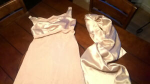 Deux robes de bal small neuves !!!