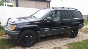 Jeep Grand Cherokee Laredo 4wd