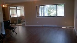 2 bd rm house, great location