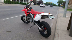 Street Legal 2013  CRF 450x Supermoto