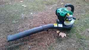 25cc Weed Eater leaf blower