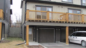 2 bdrm, 1.5 bath Townhome for long term rental in Invermere, BC