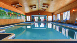 PRIVATE COTTAGE WITH INDOOR POOL SLEEPS 40+