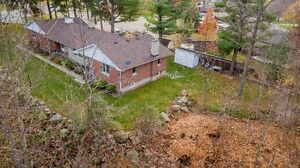 Privacy! Tillsonburg - Ravine Lot - London Ontario image 3