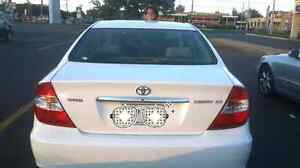Toyota camry 2004 XLE  4 slindr 2.4 L