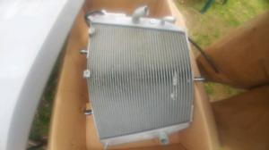 2004 suzuki gsxr 750 radiator