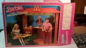 Barbie McDonalds play set