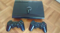 PS3 ULTRA SLIM, 2 MANETTES, 6 JEUX, MICRO!