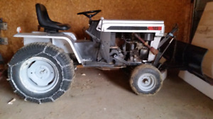 Mtd lawn tractor with snowblade