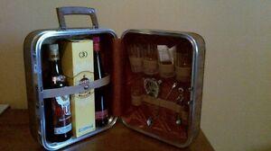 discreet Liquor carrying case