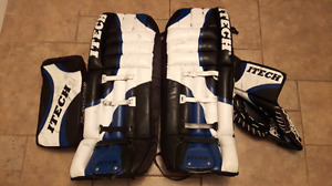 Ice hockey goalie pads, gloves and blocker adult 34in
