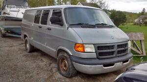 2002 Dodge Ram Van Fourgonnette, fourgon
