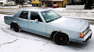1990 ford crown victoria lx