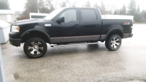 2006 Ford F-150 FX4 loaded