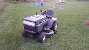 Craftsman riding lawnmower