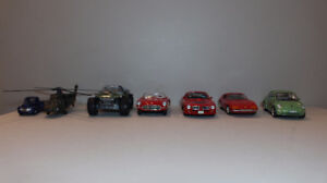 Lot of diecast cars and vehicles