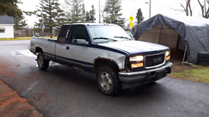 Part out gmc sierra king cab 1995