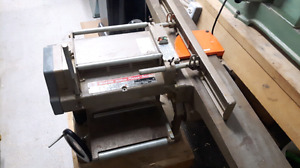 Makita 2030 Planer jointer combo 12 inch planer and 6 inch