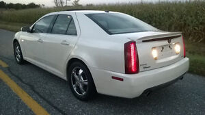 CADILLAC STS-4 V8 NORTHSTAR  2006 TOUT EQUIPER 172,000KM