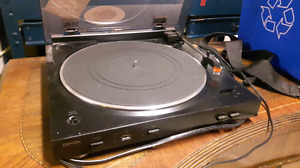 Denon record player