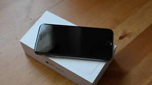 IPHONE 6 128GB ROGERS SPACE GRAY COMME NEUF !